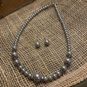Beautiful gray pearl & bling set